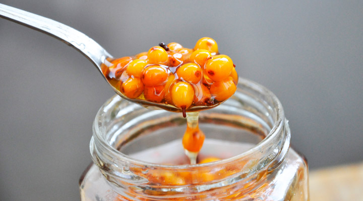 Sea Buckthorn Berries Juice Honey Teaspoon | Catina cu miere