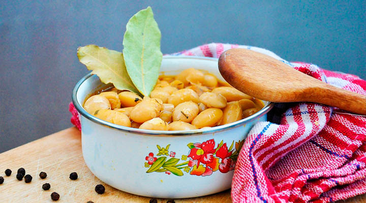 The Perfect Butter Beans Stew Bay Leaves