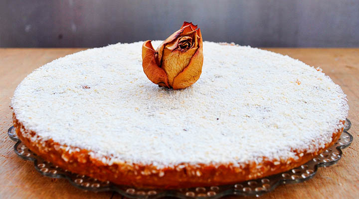 Pumpkin cake coconut  rose