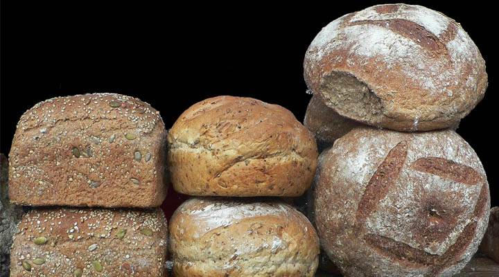 Healthy Whole Grain High Fiber Bread | Cum sa alegi painea sanatoasa