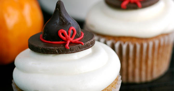 halloween desserts recipes Pumpkin Witch Cupcakes