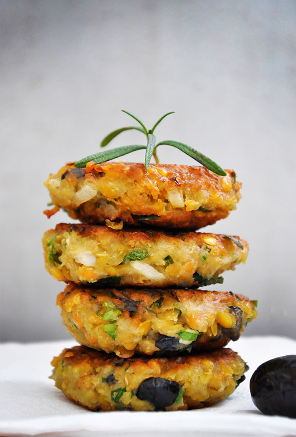 Lentil Patties with Olives and Herbs recipe
