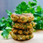 Chiftelute de vinete si linte cu masline si verdeturi | Lentil and Eggplant Patties with Olives and Herbs