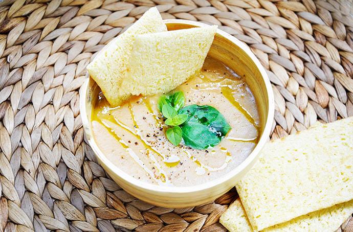Creamy Sweet Potato Soup ginger supa crema de cartofi dulci ghimbir dr ...