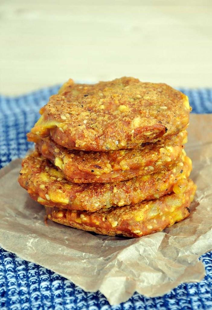 Cheesy Yellow Split Pea Patties with Tofu Sesame Chiftelute de mazare galbena cu tofu susan
