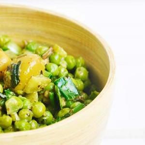 Green Pea and Olives Salad Salata cu mazare verde masline