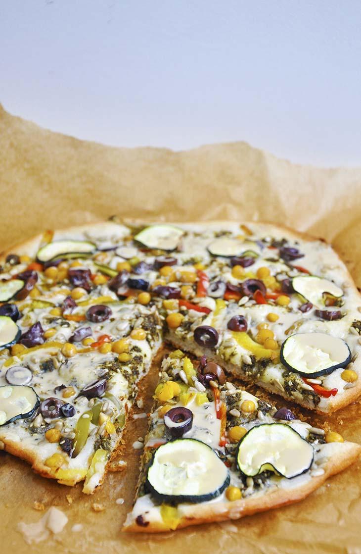 Middle Eastern Gluten-Free Vegan Pizza fara gluten orientala