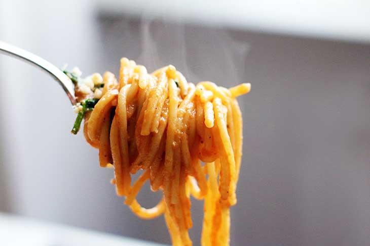 One-Pot-Italian-Pasta-Spaghete-cu-Spanac-si-Rosii-vegan