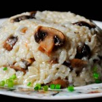Brown Rice Mushroom Pilaf | Pilaf cu ciuperci