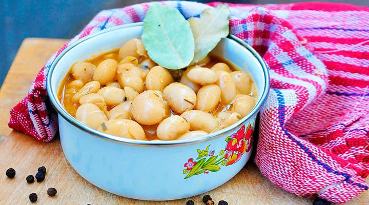 The Perfect Butter Beans Stew | Mancare de fasole cu tarhon