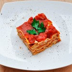 Delicious Vegan Whole Wheat Lasagna with Mushrooms | Lasagna vegetariana cu ciuperci