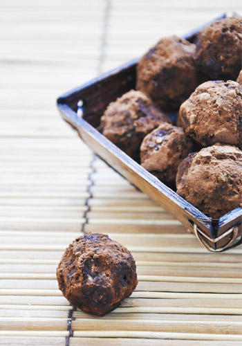 almond-chocolate truffles