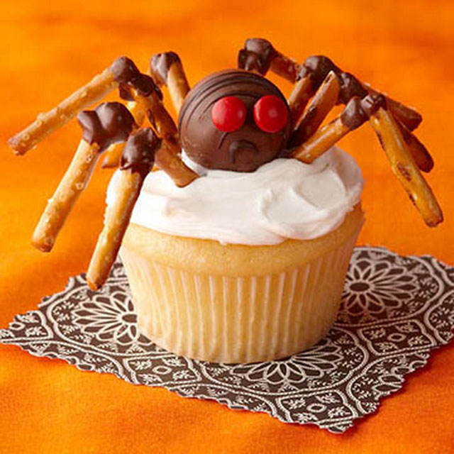 fun foods for kids spider halloween cupcake