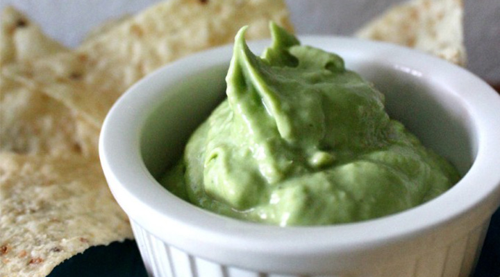 Creamy Avocado Yogurt Dip Recipe