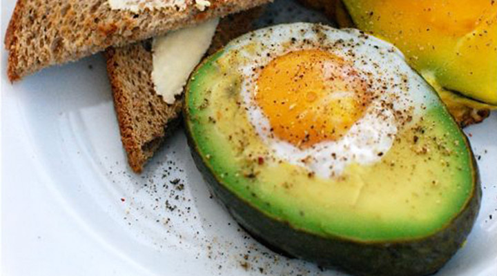 Healthy Egg Recipes for Breakfast - Baked Eggs in Avocados