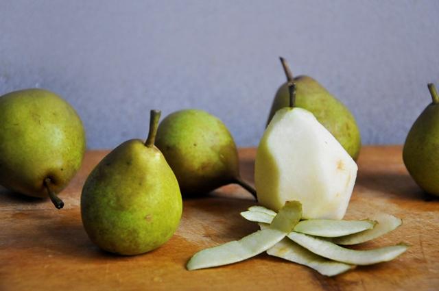 Green Pears Peeled