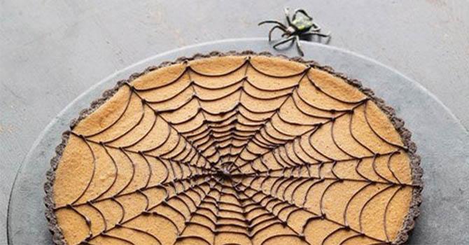 Pumpkin Chocolate-Spiderweb Tart Halloween Desserts Recipes