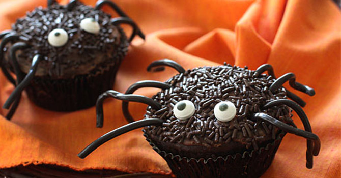 Spooky Spider Cupcakes Halloween Desserts Recipes