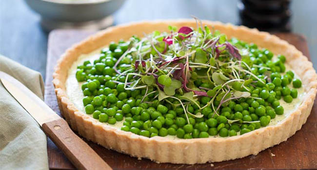 PEA AND HERBED GOAT CHEESE TART Vegetarian Valentine's Day Dinner Recipes