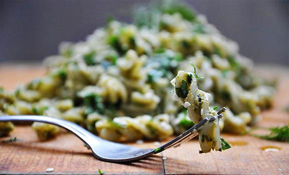 Parsley Pesto Fusilli Pasta vegan recipe