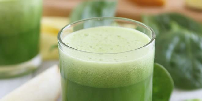 Pear Ginger Spinach Detox Juice best detox recipes