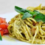 Creamy Avocado Pasta Spaghete fara gluten cu avocado busuioc reteta