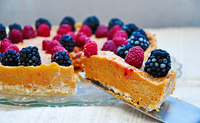 No Bake Citrus Cake with Berries Tort de citrice zmeura mure summer