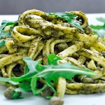 Pasta with Arugula Pesto Capers vegan Paste cu pesto de rucola capere