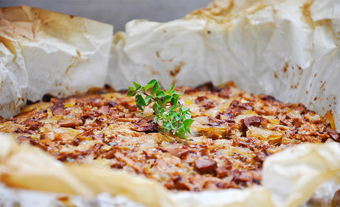 Chanterelle Mushroom Pasta Tart Tarta de spaghete cu galbiori vegan