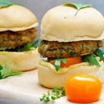 Gluten-Free Lentil Sweet Potato Burgers Burger vegetarian cu linte si cartof dulce