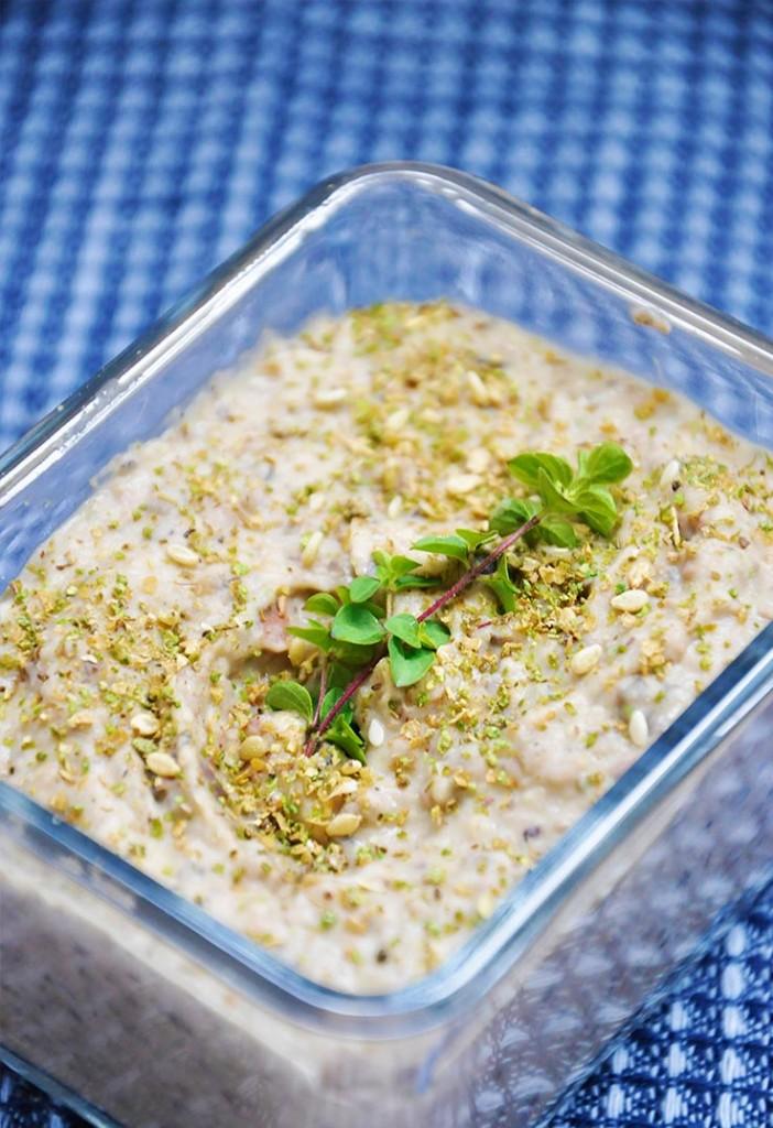 Kalamata White Bean Spread Fasole batuta cu masline aperitiv