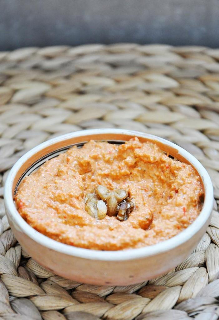 Muhammara Roasted Red Pepper Walnut Spread Crema de Ardei Copti Nuci oriental appetizer