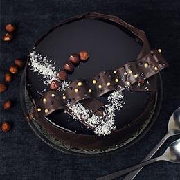 Tort fara gluten, cu crema bavareza de cafea si crema fina de ciocolata