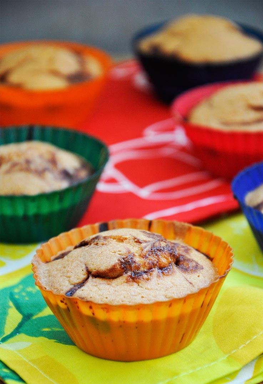 Gluten-Free Muffins with Banana Chocolate Cream Briose fara gluten cu crema de ciocolata si banane