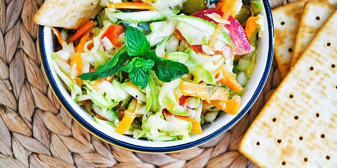 Zucchini Salad with Mint Pickles Salata de dovlecel cu menta castraveciori vegan