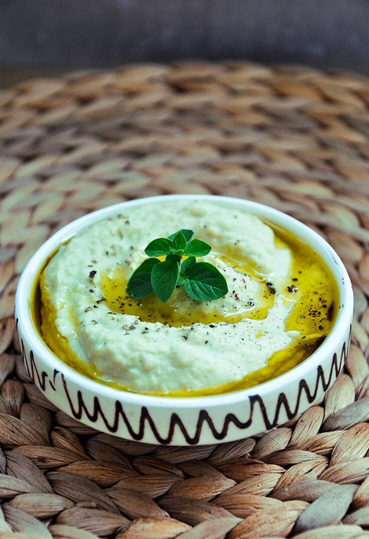 Avocado Hummus Humus cu avocado vegan