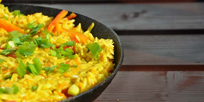 Curry Coconut Thai Rice with Peppers Orez Thailandez in Sos de Curry Lapte Cocos