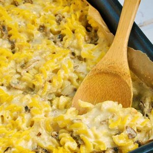 vegan cheesy pasta casserole paste cu branza vegana la cuptor