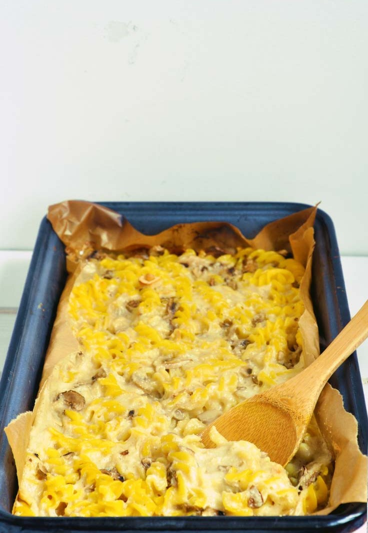 vegan cheesy pasta casserole paste cu branza vegana la cuptor reteta