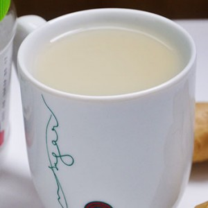 Natural Flu-Fighter Hot Drink bautura calda anti raceala-reteta