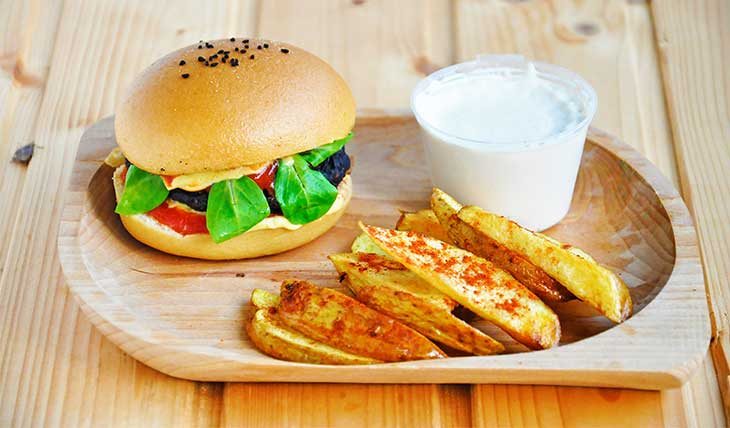Black-Bean-Burgers-burger-fasole-neagra