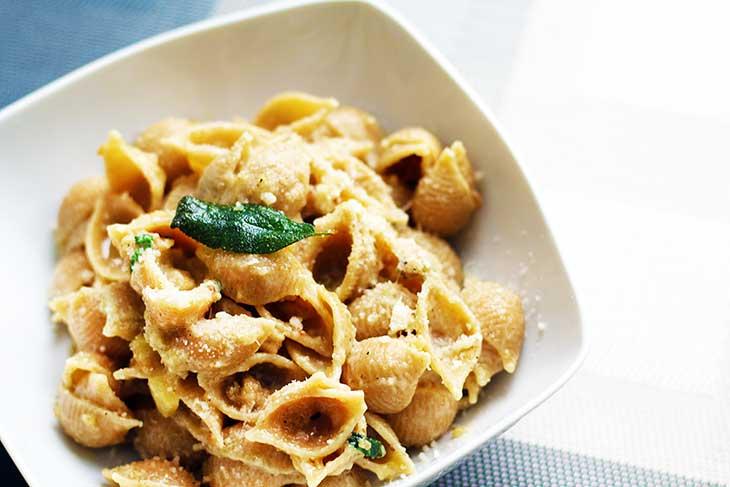 Garlic-Pasta--Pasta-all'aglio-paste-cu-usturoi-reteta