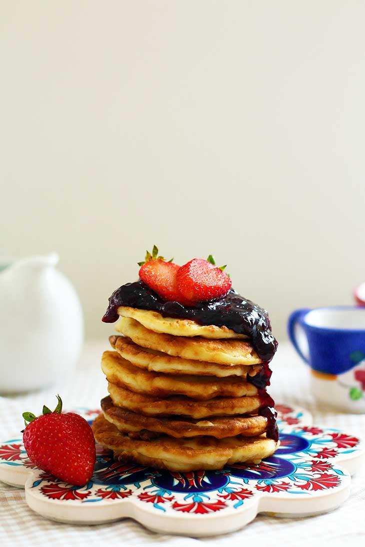 Syrniki cheese pancakes
