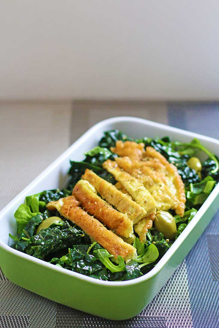 breakfast kale salad