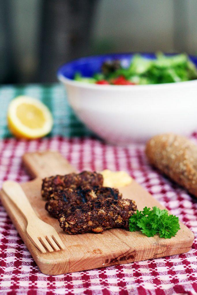 vegan minced meat rolls mititei vegani mici vegetarieni