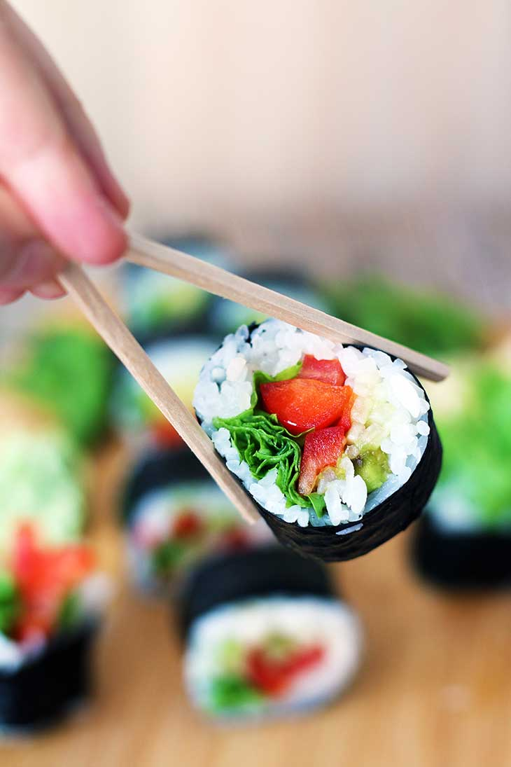 how to make easy vegan sushi rolls