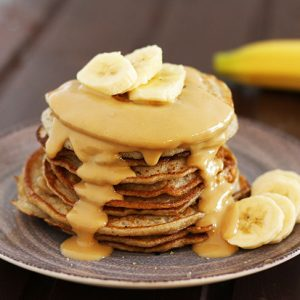 vegan peanut butter pancakes bananas clatite cu unt de arahide