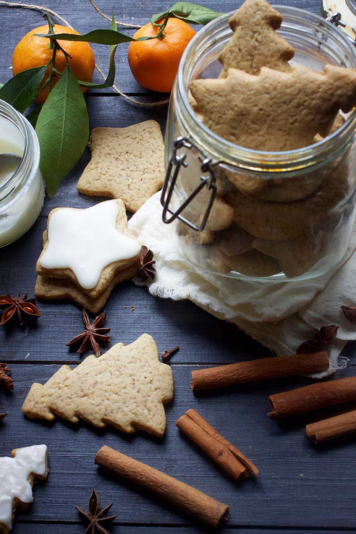vegan gingerbread cookies recipe Vegan Christmas Cookies Recipes
