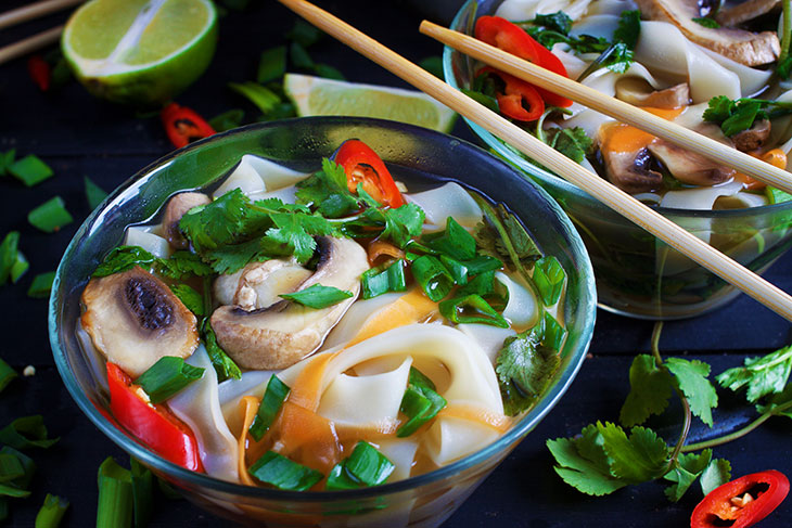 vegan asian chinese noodle soup recipe pho vietnam vegan pho