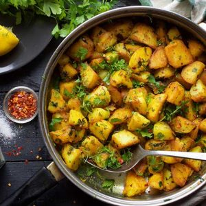 Batata Harra Spicy Roasted Potatoes recipe cartofi picanti libanezi